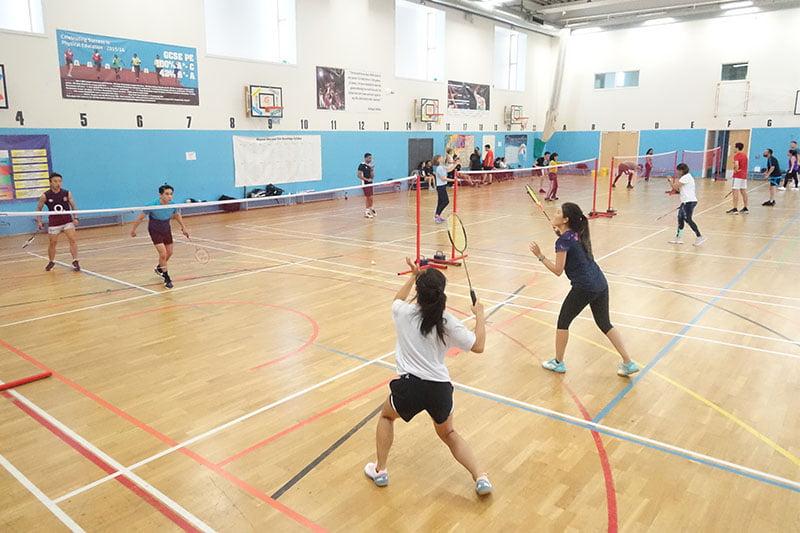 Intermediate badminton sessions in central London
